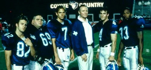a review of varsity blues Varsity blues (film)'s wiki: varsity blues is a 1999 american comedy-drama film directed by brian robbins that follows a small-town 3a high school football team and.